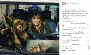 Francesca Fialdini dopo la vita in diretta: foto in auto senza cintura