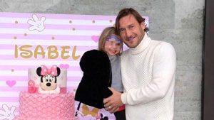 Francesco Totti sempre più social, festeggia il compleanno di Isabel su Instagram: FOTO