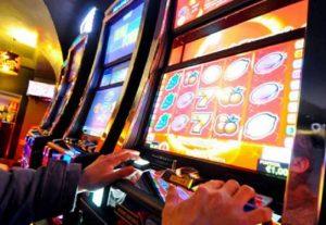 Gioco d'azzardo legale: proibizionismo Governo costa 2,3 mld di gettito