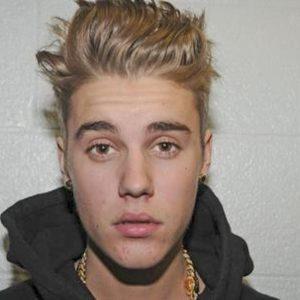 """Justin Bieber lascia la musica: """"Devo risolvere i miei problemi. Meritate di meglio"""""""