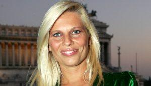 """Laura Freddi: """"A Non è la Rai mi nascondevo, poi Boncompagni mi disse..."""""""