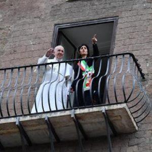 Migranti: se i 250 mila di Milano e Papa Francesco ne ospitassero uno a casa loro...