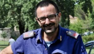 Pisa, morto l'agente Raffaele Di Terlizzi: salvò i pazienti dell'ospedale da incendio portandoli in spalla