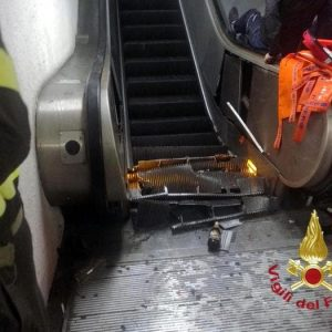 Roma: metro no, ma monnezza si. E un sospetto: si sono mangiati i soldi delle scale mobili?