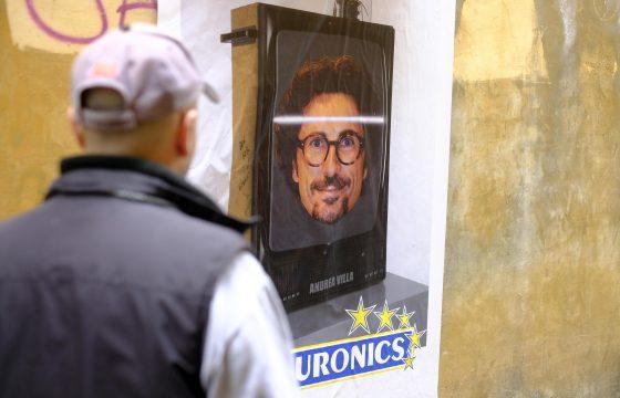 "Toninelli diventa ""neuronics"": l'opera dello street art a Roma3"