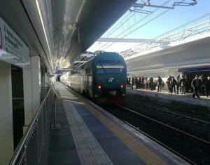 Roma, guasto sulla linea ferroviaria per Viterbo e rallentamenti sulla metro A per il malore di un passeggero