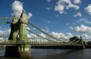 Hammesmith Bridge, il ponte di Brooklyn di Londra
