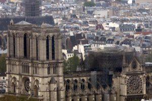 """Notre-Dame, procuratore Parigi: """"Atto doloso escluso11"""