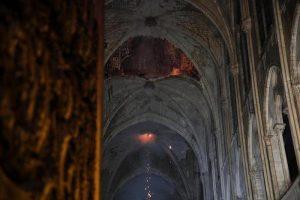 """Notre-Dame, procuratore Parigi: """"Atto doloso escluso15"""