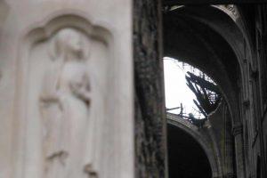 """Notre-Dame, procuratore Parigi: """"Atto doloso escluso"""