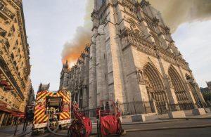 """Notre-Dame, procuratore Parigi: """"Atto doloso escluso2"""