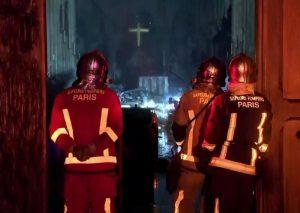 """Notre-Dame, procuratore Parigi: """"Atto doloso escluso6"""