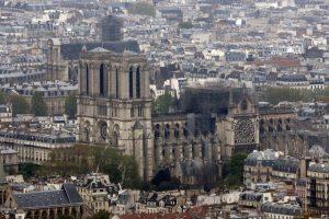 """Notre-Dame, procuratore Parigi: """"Atto doloso escluso7"""