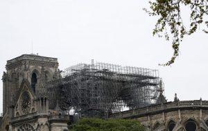 """Notre-Dame, procuratore Parigi: """"Atto doloso escluso8"""