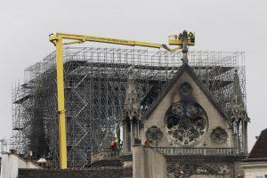 """Notre-Dame, procuratore Parigi: """"Atto doloso escluso9"""