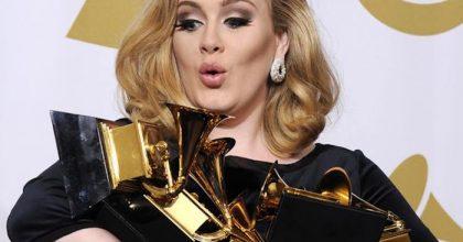 """Adele si separa dal marito Simon Konecki: """"Impegnati a crescere nostro figlio con amore"""""""