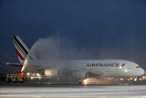 Firenze, principio di incendio su un aereo dell'Air France (foto d'archivio Ansa)
