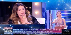 Live - Non è la d'Urso, Barbara d'Urso e quella frecciatina in diretta a Alba Parietti
