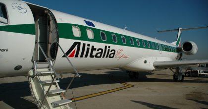 Alitalia pubblica, la pagheremo con le bollette della luce?