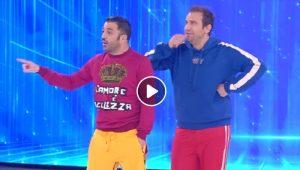 """Amici 2019, Pio e Amedeo fanno una battuta su Chiara Ferragni e Fedez: """"Lei ha pianto perché..."""""""