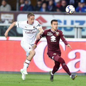 Andrea Conti si è fatto male durante Torino-Milan, trauma alla spalla
