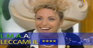 """Striscia la Notizia, quando Antonella Clerici cantò in diretta: """"Leccami il..."""""""