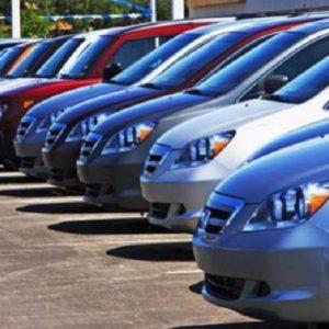 Le auto green in Italia sono l'8,6% del totale (foto Ansa)