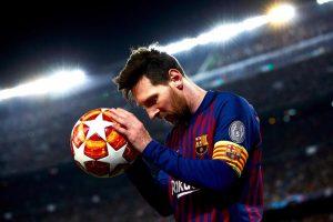 Show di Messi, il Barcellona rifila tre gol allo United e vola in semifinale di Champions