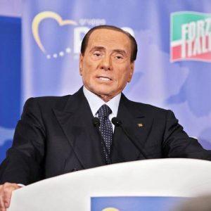 Berlusconi in ospedale, a rischio la campagna per le europee