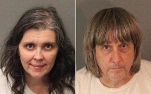 California, genitori condannati per maltrattamenti sui 12 figli