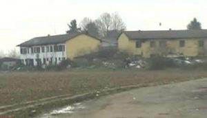 Sant'Angelo Lodigiano, rissa e spari tra rom: 2 feriti. Sassate e sprangate contro giornalisti