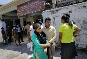 Sri Lanka: nuova bomba espolde vicino chiesa a Colombo8