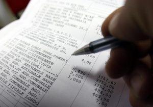 Stipendio: 47,9% in tasse (single), 39,1% (famiglie mono-reddito). Peggio di prima