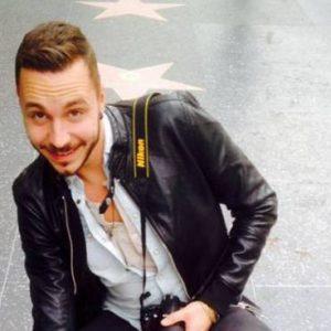Elia Pietschmann muore in moto: il giovane attore toscano de l delitti del Barlume caduto davanti al padre