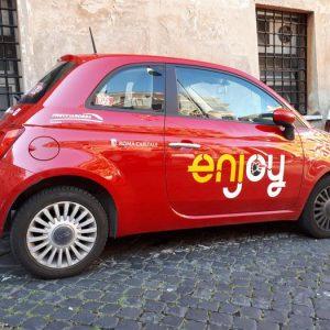 """Enjoy (Eni) lascia Catania. Il sindaco: """"Troppi furti e danneggiamenti. Alcuni cittadini sono incivili"""""""