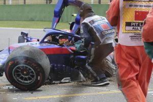 F1 Gp Cina Shanghai: Alexander Albon, spettacolare incidente in prova. Illeso