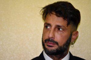 Fabrizio Corona, Giacomo Urtis: rischio di suicidio in carcere