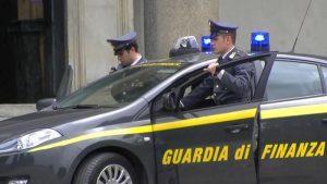 Treviso, pusher ruba pistola e tenta di sparare ad agenti Finanza