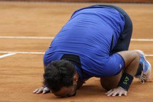 Tennis, Fabio Fognini trionfa a Montecarlo. Battuto il serbo Lajovic in finale (foto Ansa)