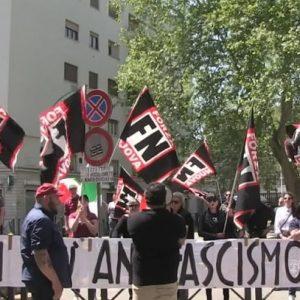fascisti in piazza