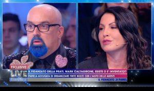 """Live - Non è la d'Urso, Eliana Michelazzo contro Giovanni Ciacci: """"Aho, a pizzetto..."""""""