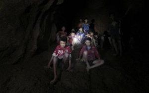 Thailandia, ketamina ai ragazzini prima della risalita dalla grotta