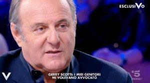 """Verissimo, Michelle Hunziker a Gerry Scotti: """"Tu sei affascinante perché..."""""""