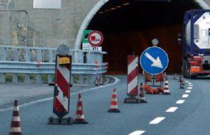 Incidente per cantiere sulla A10: disagi e km di code tra Savona e Spotorno