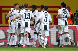 Inter-Juve 1-1, prima il capolavoro di Nainggolan poi Cr7 segna 600° gol in carriera