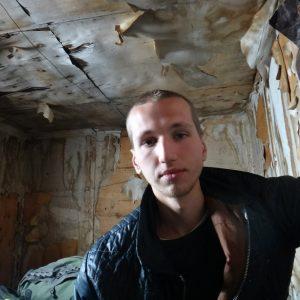 Russia, illusionista trovato morto ammanettato ad un albero. Era scomparso due anni fa