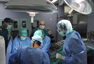 Rene asportato in laparoscopia a paziente sveglio: intervento a Torino