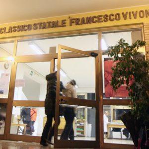 Roma, prof precipita da finestra del Liceo Vivona: è grave