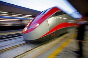 Macchinisti ubriachi in stazione a Brescia: treno Frecciarossa soppresso