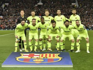 Barcellona espugna Manchester, autogol di Shaw su colpo di testa di Suarez stende lo United